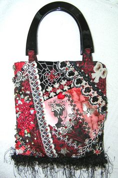 Gorgeous, gorgeous bag! Crazy quilting by Pam Kellogg. http://www.kittyandmedesigns.blogspot.com