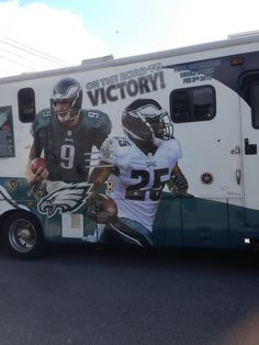 2014 Eagle One Updated Graphics #nickfoles #leseanmccoy #darrensproles #eagles #rv