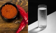 Put some cayenne pepper in a glass of water, and drink it! A miracle happens in 10 seconds - Healthy Life Vision Home Health Remedies, Natural Health Remedies, Natural Cures, Mixture Recipe, Body Hacks, Cayenne Peppers, Non Alcoholic Drinks, Health And Wellbeing, Health Diet