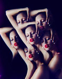 Parce que les émotions marquent les traits, l'autohypnose peut être un recours pour retrouver l'éclat. Explications avec Muriel Altmann. http://www.elle.fr/Beaute/Soins/Tendances/L-autohypnose-le-nouvel-allie-belle-peau-2702989