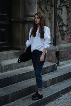 Horkruks: white shirt and jeans