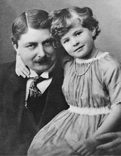 """yestergaze: """"Ingrid Bergman with her father in 1920 """""""