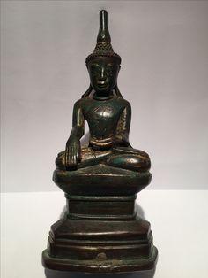 Shan bronze Buddha. 18th cent. Burma.