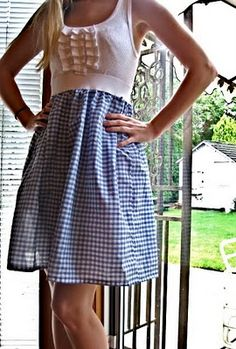 tshirt top, elastic waist and skirt *my favorite kind of dresses! Why have I not thought to make them??!!