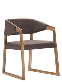 Upholstered Wooden Chair | Pedrali Sign 457