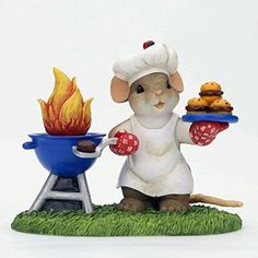 Charming Tails King of the Grill Mouse with BBQ Grill and Hamburgers Figurine Charming Tails http://www.amazon.com/dp/B00KWPCCJA/ref=cm_sw_r_pi_dp_-ntywb1BSP55M