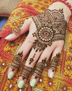 121 Simple mehndi designs for hands - Henna - Henna Designs Hand Henna Hand Designs, Dulhan Mehndi Designs, Mehandi Designs, Mehndi Designs Finger, Mehndi Designs For Kids, Mehndi Designs Feet, Mehndi Designs For Beginners, Mehndi Design Photos, Mehndi Designs Book