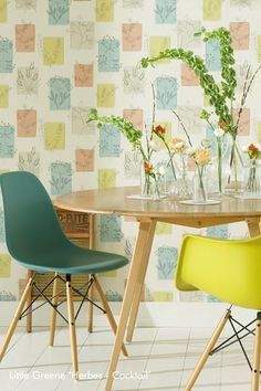 I love the chairs. from pinner: Herbes - Cocktail. - The inspiration for this pattern is a wallpaper from the 1955 book 'Contemporary Designs'. 1950s Wallpaper, Lines Wallpaper, Designer Wallpaper, Luxury Wallpaper, Wallpaper Designs, 1950s Design, Retro Design, Colorful Interior Design, Colorful Interiors