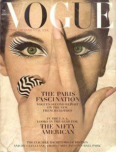 Cover di Vogue con make-up di Pablo di Elizabeth Arden, foto di Irving Penn, 15 settembre 1964.