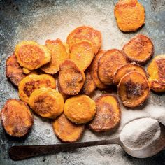 These pumpkin fritters are best eaten piping hot, while standing around the kitchen table Healthy Dinner Recipes, Vegetarian Recipes, Snack Recipes, Snacks, Savoury Recipes, Yummy Recipes, Recipies, South African Dishes, South African Recipes