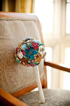 Vintage Jewelry Brooch Bouquet