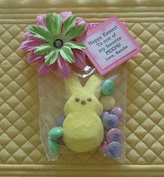 Easter Peep goodie bag/ favor.  Front Row Friends: April 2010