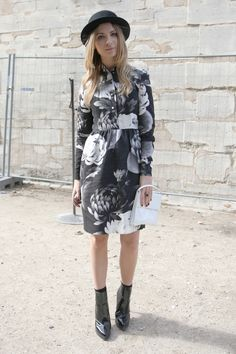#PFW day 6: Everyone's wearing gigantic bloom prints