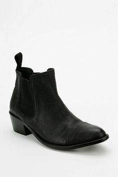 Dolce Vita Venice ankle boot @ UO