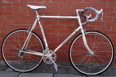 Rower Batavus Criterium Cr-Mo Reynolds Shimano 105 bikerStudio – kolorowe ostre koło