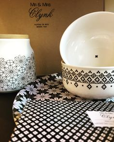 #black  #addicted !.... #lastday ....#Christmas is here !  Showcase Now!    #pottery #potterystudio #mrmrsclynk #server #prints #blackandwhite #colorfulhome  #homefragrance #turin