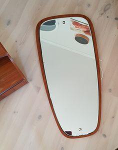 Vintage speil. Stort teakspeil  | FINN.no Galaxy Phone, Samsung Galaxy, Retro Furniture, Teak, Phone Cases, Vintage, Vintage Comics, Phone Case