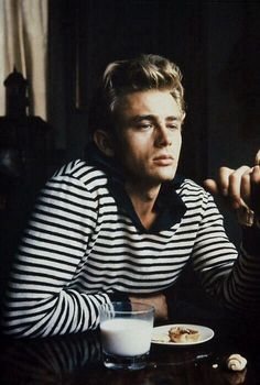 "menofhabit: "" My favorite photo of James Dean. That shirt looks like it could be right out of a Bastian collection. "" Or a Bastian collection looks like it could be right out of a James Dean photo. Audrey Hepburn, Beautiful Men, Beautiful People, Hello Gorgeous, Breton Stripes, Raining Men, Famous Faces, Belle Photo, Classic Hollywood"