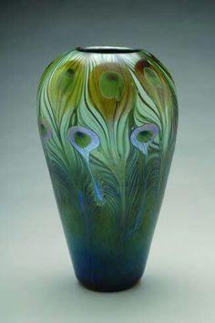 Art Nouveau Glass and Pottery in the University Art Collection Tiffany Kunst, Tiffany Art, Art Nouveau, Art Deco, Louis Comfort Tiffany, Deco Blue, Green Vase, Vases Decor, Belle Epoque
