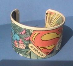 Geeky comic book Superman bangle bracelet. Nerd jewelry if it came in iron man i would so totaly wear it