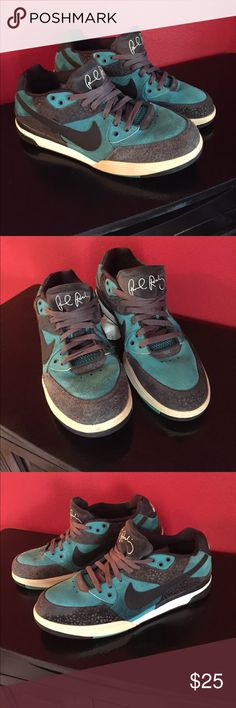 NIKE SB ZOOM Nike sb dunk zoom. Paul Rodriguez 3 Teal Blue / Cement. # 36620-341  AUTHENTIC   Inserts are original and never taken out Pre Owned. Some wear but nothing major Men's 11 Nike SB Shoes Sneakers