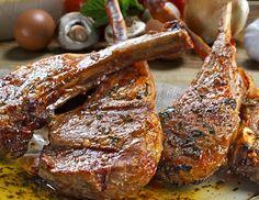 Les côtes d'agneau grillées proposées dans la section nos recettes gourmandes sur le site Mon Assiette Locale. tous les ingrédients livrés chez vous sur Bordeaux en vélo triporteur
