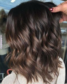 99 modern short ombre hair color ideas – samantha fashion life - All For Hair Color Trending Brown Hair Balayage, Hair Color Balayage, Hair Highlights, Color Highlights, Balayage Brunette Short, Short Brunette Hairstyles, Balayage Hair Brunette Medium, Haircolor, Hairstyles Men
