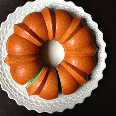 pandan bundt eggwhite cake
