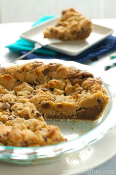 Chocolate Peanut Butter Brookie Pie | www.wineandglue.com | It's a cookie!  It's a brownie!  It's a pie!