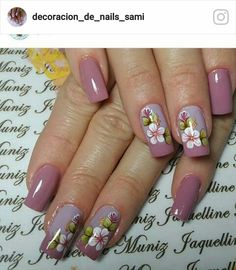 Disenos de unas Spring Nails, Summer Nails, Toe Nails, Manicure And Pedicure, Fall Nail Art Designs, Flower Nail Art, Stylish Nails, Rhinestone Nails, French Nails
