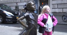 $2.5 Trillion Asset Manager Puts Statue Of Fearless Girl In Front Of Wall Street Bull | Bored Panda