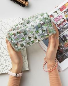 New Look Clear Cactus Make Up Bag Trousse de maquillage New Look Clear Cactus Cute Pencil Case, Pencil Pouch, Clear Pencil Case, Pencil Cases, Trousse Make Up, Cute Makeup Bags, Cactus, School Suplies, Cute Stationary