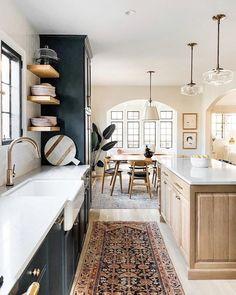 Home Decor Kitchen, New Kitchen, Home Kitchens, White Oak Kitchen, Kitchen Rug, Kitchen Ideas, Home Interior, Kitchen Interior, Interior Design