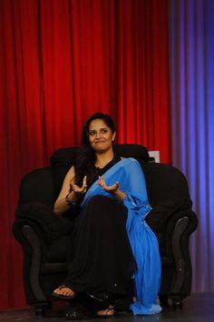 Telugu TV Anchor Anasuya Bharadwaj Long Hair Stills In Black Saree Hottest Tv Actresses, Hot Actresses, Beautiful Actresses, Indian Actresses, Tv Actress Images, Bollywood Bikini, Hindi Actress, Hollywood Heroines, Black Saree