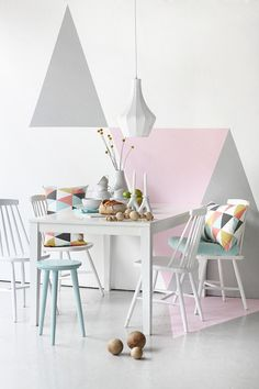 Pastell decorating decorating before and after designs home design interior Geometric Wall Paint, Geometric Decor, Geometric Shapes, Geometric Painting, Geometric Patterns, Geometric Designs, Geometric Curtains, Wall Patterns, Interior Pastel