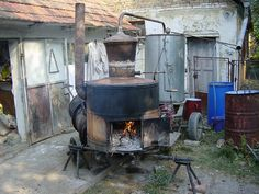 Kazan/cauldron/sljive/plums/rakija  Orchards are far from roads. In the village (Serbia/Vojvodina/Srpski Itebej) and its surroundings there are no factories, industrial plants, junkyards and other pollutants.