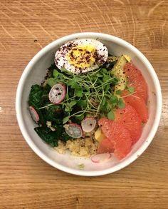 Quinoa bowl salé pour 2 personnes - Recettes Elle à Table