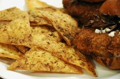 Lavash Chips - Sauce Salsa et Yaourt - Turkish Snacks, Turkish Recipes, Ethnic Recipes, Simply Recipes, Quick Recipes, Sauce Recipes, Sauce Salsa, Chips And Salsa, Yogurt Sauce