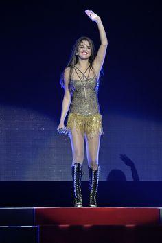 All 5 of Selena Gomez's AMAZING Stars Dance Tour... - Selena Gomez's Closet #5