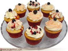 Sugar Mur: Cupcakes de vainilla con buttercream de frambuesa