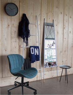 Der schöne Bürostuhl besticht durch seine moderne Schlichtheit und ist daher mit…