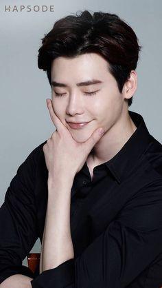 "Lee Jong Suk be like: ""I'm handsome and I know it! Lee Jong Suk Cute, Lee Jung Suk, Korean Actresses, Korean Actors, Actors & Actresses, Lee Joon, Lee Jong Suk Wallpaper, Jun Matsumoto, Park Bogum"