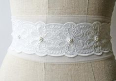 #lace #whitelace #belt #floral