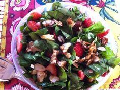 #MeatlessMonday - Plant-Based Calcium Overload salad recipe: http://bit.ly/rtBBnp #vegan