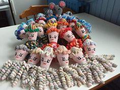 deze inktvisjes zijn gemaakt door  Joke De Gijsel- Van Rossum.
