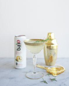 Rosemary Pear Spritzer // Kitchy Kitchen #sponsored @drinkbai