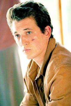 Peter Hayes in Insurgent. Peter Divergent, Divergent Insurgent Allegiant, Divergent Series, Cute Celebrities, Celebs, Miles Teller, Shailene Woodley, First Choice, Liam Hemsworth