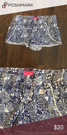 Lilly Pulitzer for Target Pom Pom shorts Navy and white patterned shorts. Detailing with Pom Pom trim. Rarely worn from non-smoking, no pet house. Lilly Pulitzer for Target Shorts