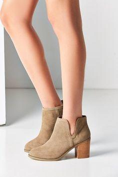 finest selection bb0f6 e51bf Urban Outfitters Maude Suede Ankle Boot Botines De Ante, Botines De Gamuza,  Botines De