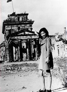 Brandenburger Tor Berlin 1947